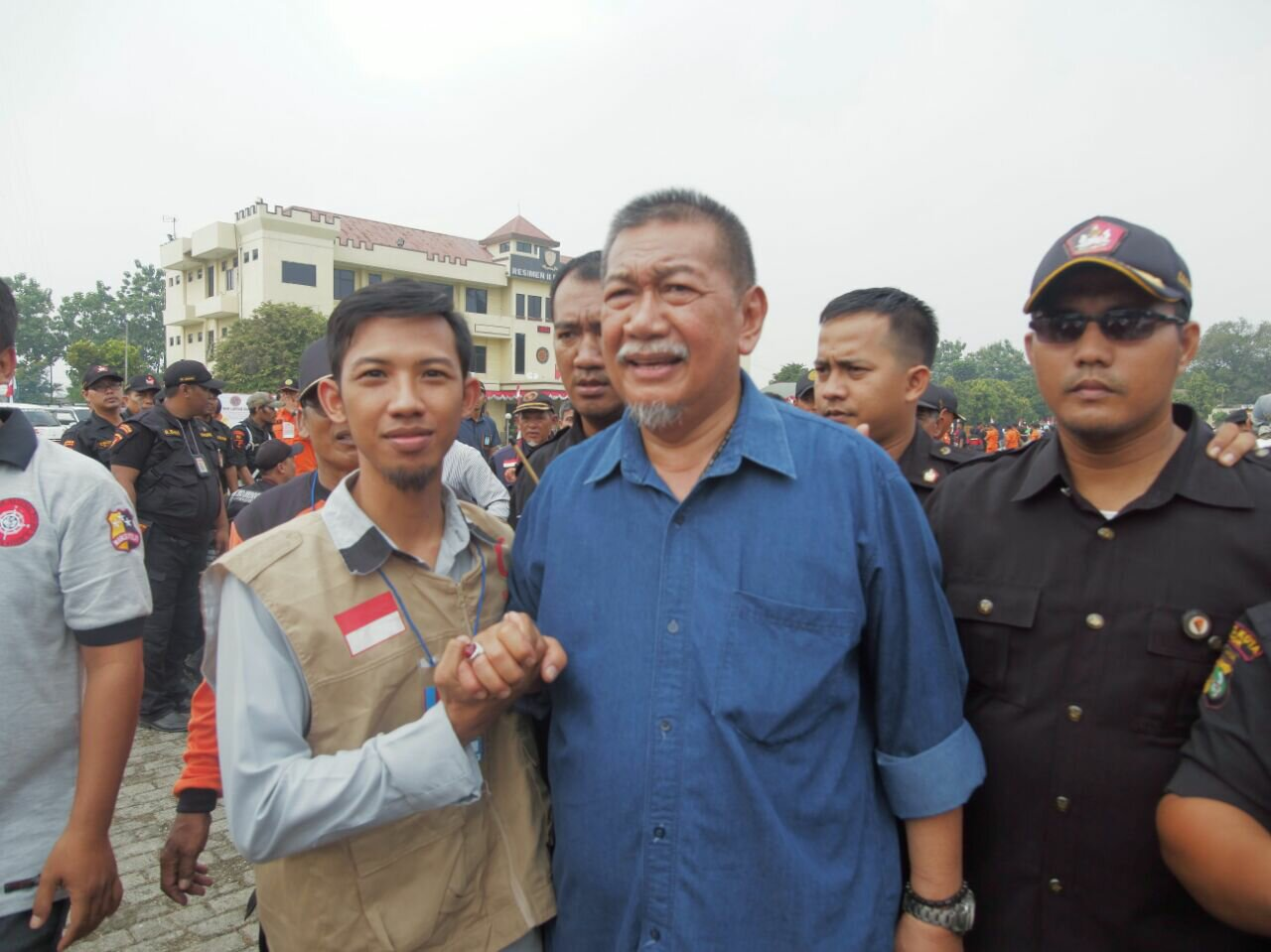 Relawan bsmi dki jakarta bersama wakil gubernur jawa barat dedi mizwar